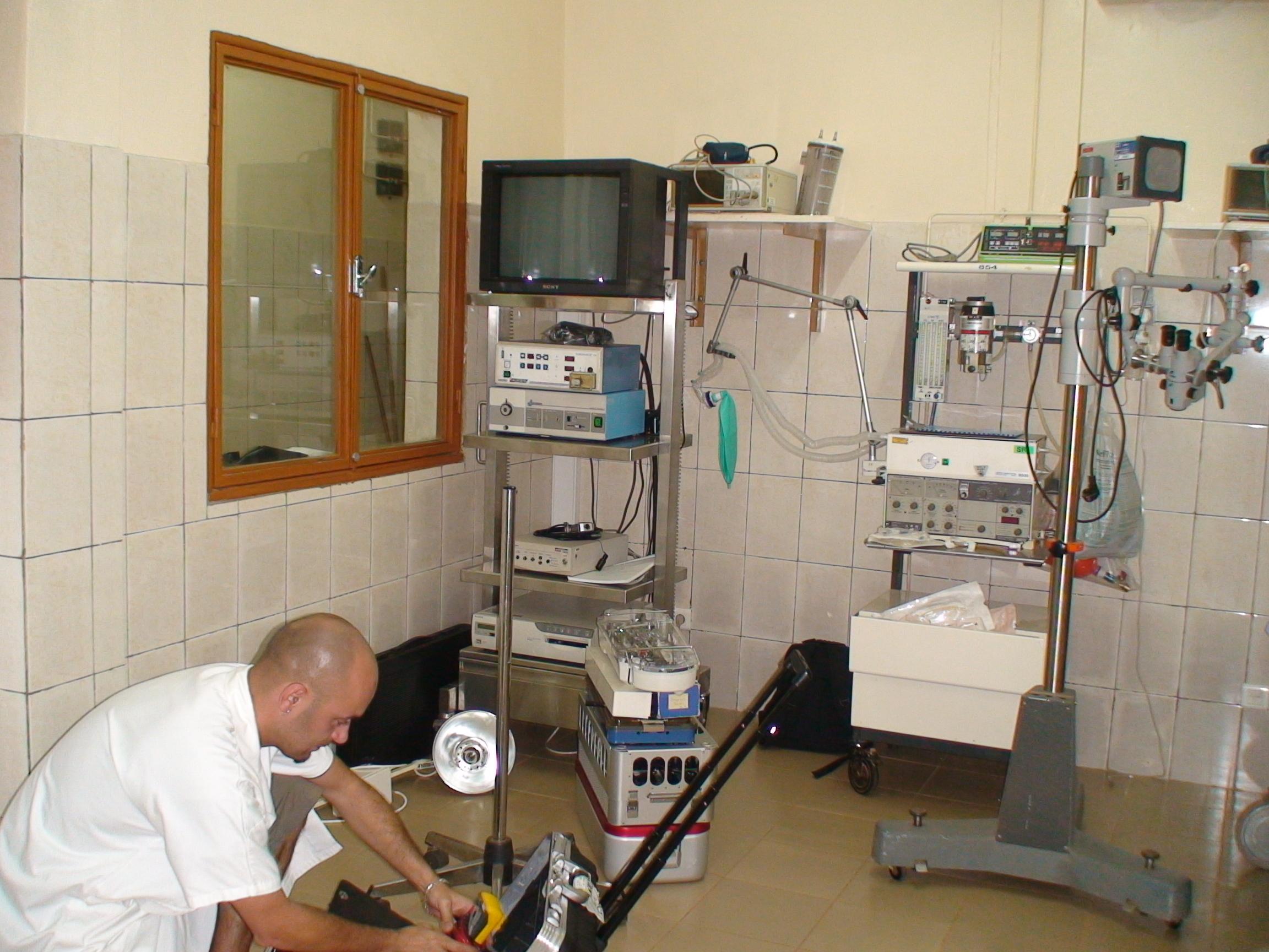 Installation d'appareils à Schiphra
